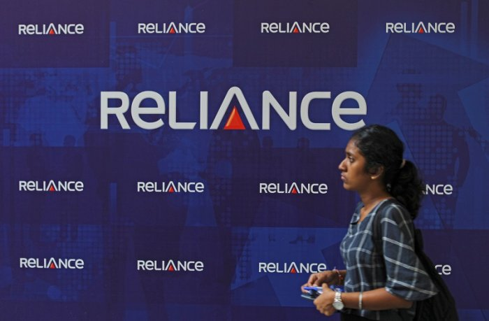 Six of top-10 firms lose Rs 95,432 cr in m-cap; Reliance