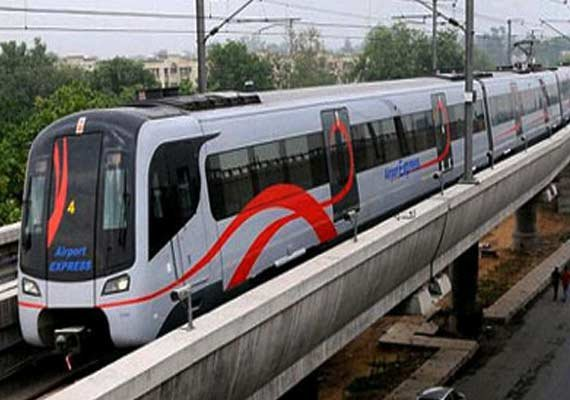 Delhi Metro's Yellow Line faces delay