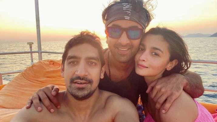 Ranbir Kapoor, Alia Bhatt resume Brahmastra shoot
