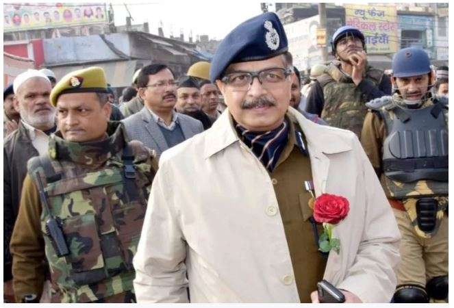 Alok Singh joins as first police commissioner of Noida