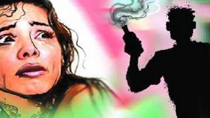 Uttar Pradesh: Minor rape survivor attacked with acid in