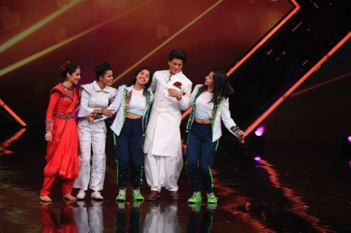 India Tv - Shah Rukh Khan Dance+5 contestants