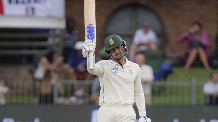 Quinton de Kock of South Africa reaches celebrates reaching