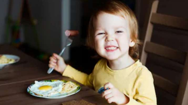 Eating an egg a day not bad for your heart