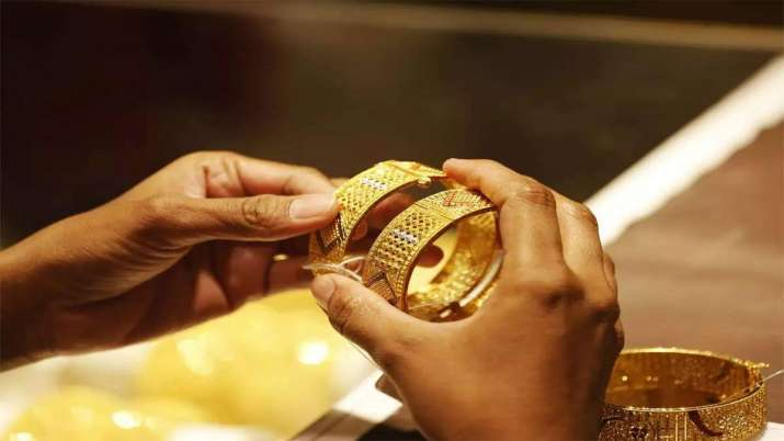 Gold rate today: Gold futures gain Rs 203 to Rs 40,150 per