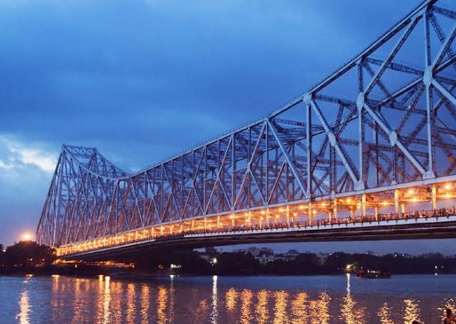 Kolkata Underwater metro train howrah bridge hoogly river latest news kolkata news