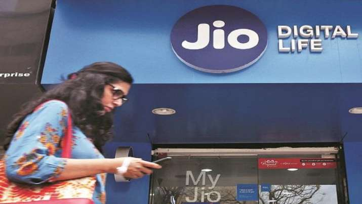 Reliance Jio with 36.9 cr users emerges as largest telecom