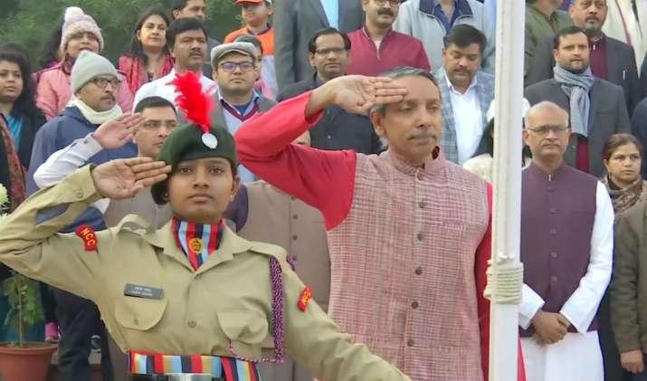 JNU VC, JNU NCC girls, NCC girls, JNU, Jawaharlal Nehru University, National Cadet Corps, M Jagadesh
