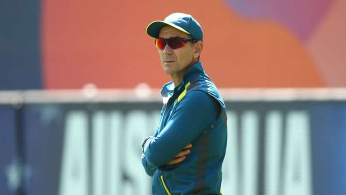 Justin Langer calls for closed-door cricket when situation improves