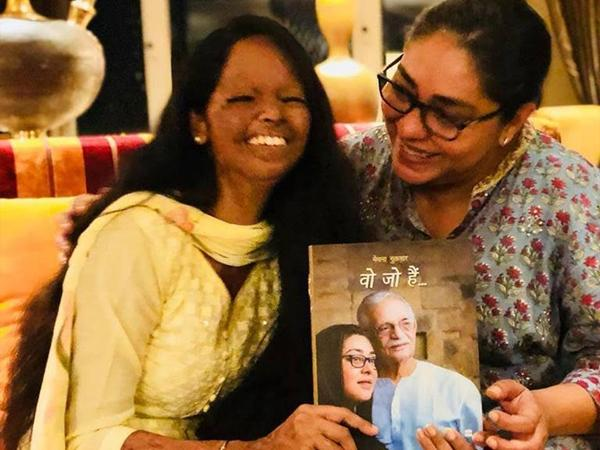 India Tv - Meghna Gulzar with acid attack survivor Laxmi agarwal