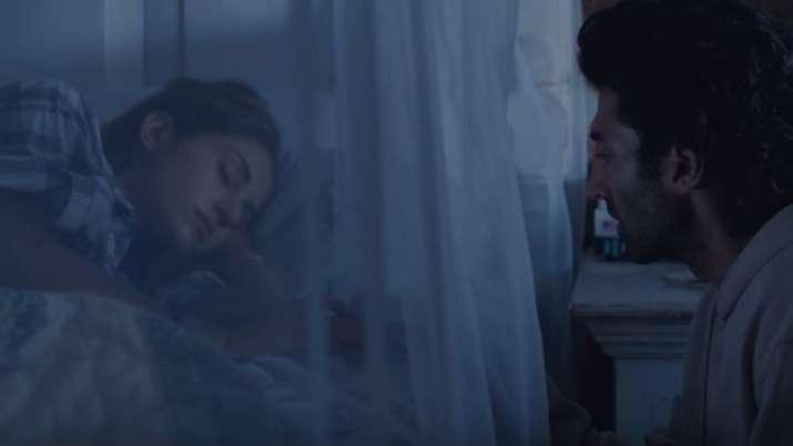 Aditya Roy Kapur Disha Patani Depict Pain Of Separation In Malang S Phir Na Milen Kabhi Song Music News India Tv