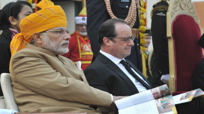India Tv - PM Modi sporting a turban (pagdi) on Republic Day in 2016