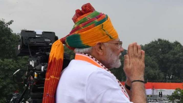 India Tv - Prime Minister Narendra Modi during Independence day celebrations in 2019, wears multicoloured saffron pagdi.