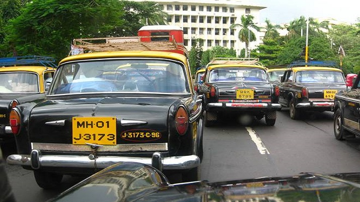 Rooftop indicators on new taxis in Mumbai from Feb 1