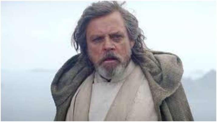 Star Wars icon Mark Hamill deletes Facebook account