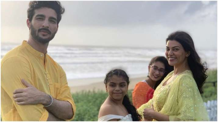 Rohman Shawl misses girlfriend Sushmita Sen as he attends