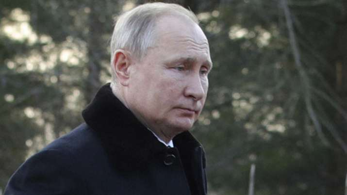 Russian President Putin declares emergency after Arctic Circle oil spill