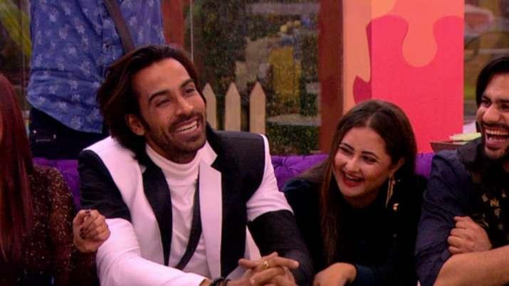 Bigg Boss 13 contestant Arhaan Khan asked for Rashami Desai's house keys after eviction?