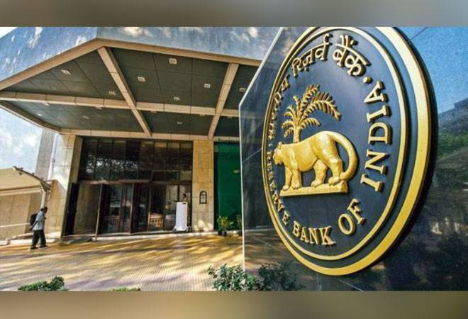 RBI directs banks that credit, debit card users can enable, disable