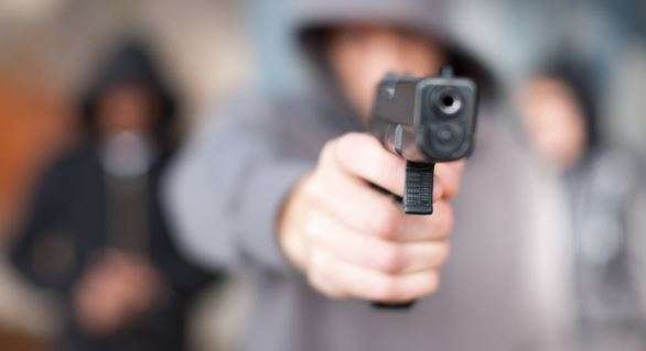 5 held for looting Rs 49L at gunpoint in Raipur