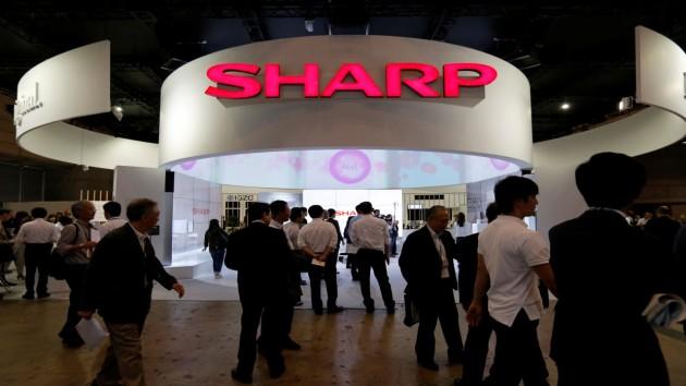 Sharp được chính phủ Nhật chi tiền để chuyển sản xuất khỏi Trung Quốc.
