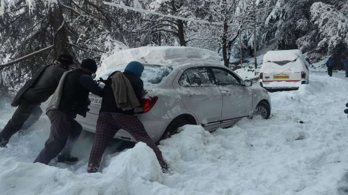 Snow-related incidents claim 93 lives in Pakistan