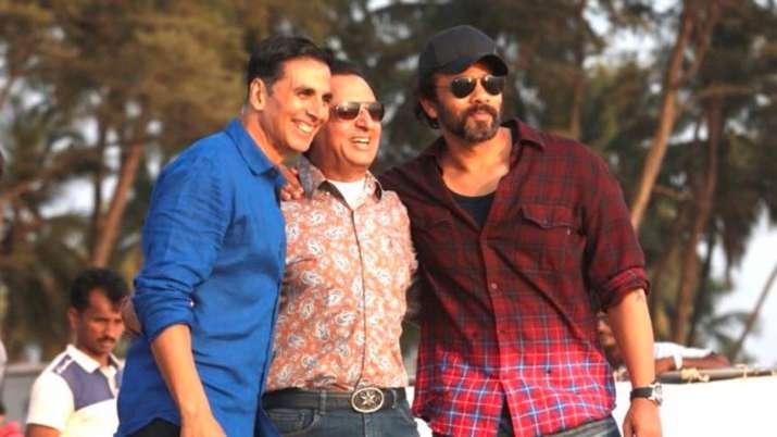 Gulshan Grover shares Sooryavanshi BTS photo with Akshay Kumar, Rohit Shetty