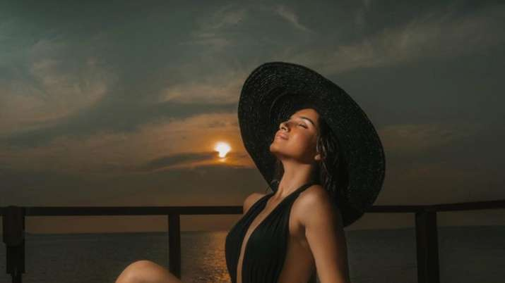 Tara Sutaria's photos in black swimsuit from Maldives vacation break the internet