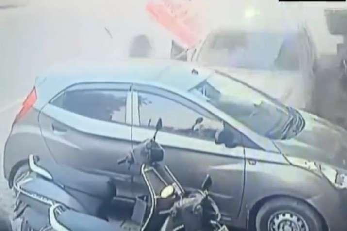 Yamunanagar, car accident, viral video
