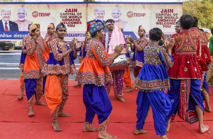 India Tv - Students in traditional costumes rehearse ahead of their performance at an event held during US Pres