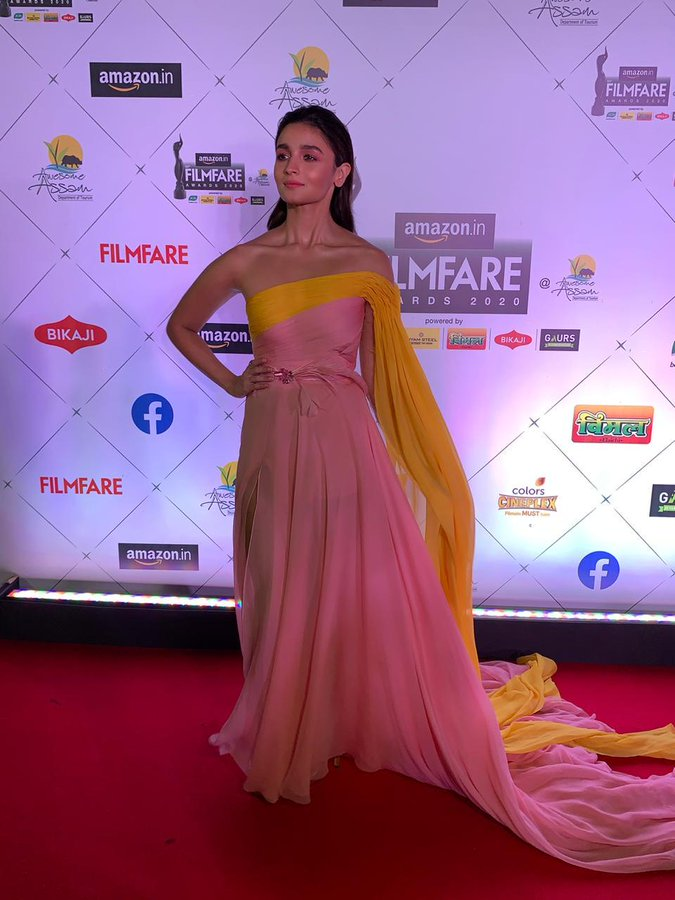 India Tv - Alia Bhatt flaunts pastel outfit at Filmfare Awards 2020 red carpet