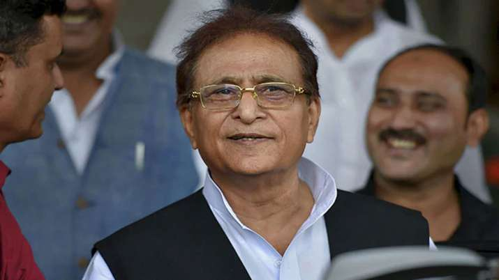 Azam Khan surrenders with wife and son in Rampur court