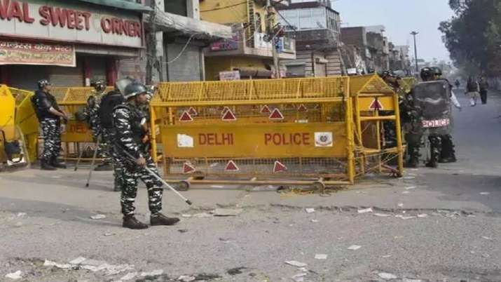 Comments by USCIRF, others on Delhi violence attempt to politicise issue: MEA