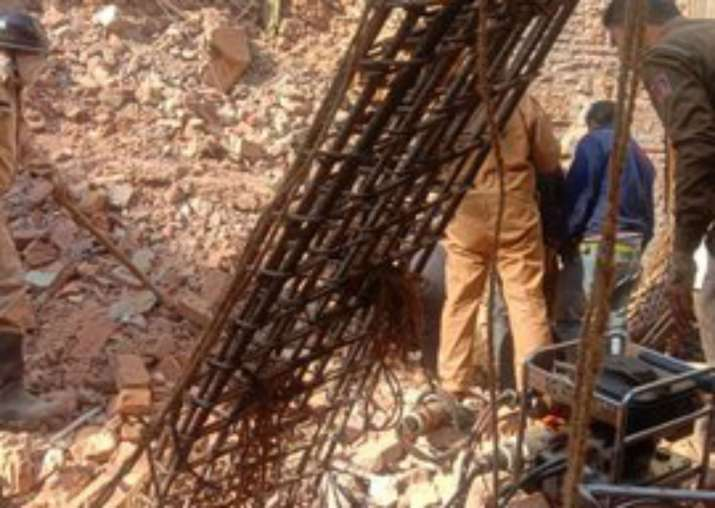 Delhi: House collapses in CR Park, two feared trapped under