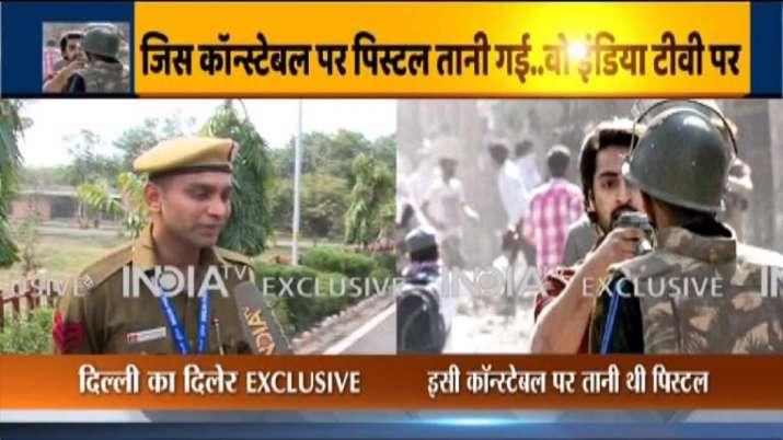 Northeast Delhi, Delhi cop, Head Constable,Deepak Dahiya, pistol man, Shahrukh, Delhi violence