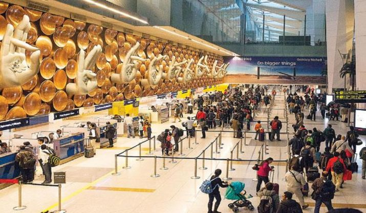 Delhi Airport on flirting spree this Valentine's Day. Air India, IndiGo, Vistara's response will mak