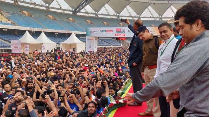delhi marathon, delhi half marathon, delhi full marathon, delhi marathon sachin tendulkar, sachin te