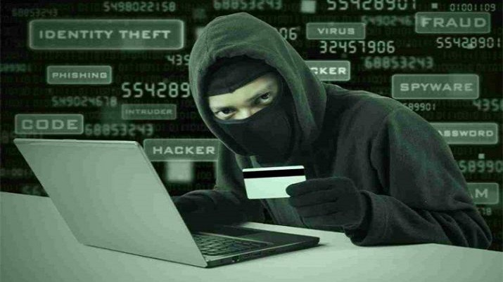 Fraudsters posing as bank official dupes Rs 11 crore from businessman, 2 held from Delhi