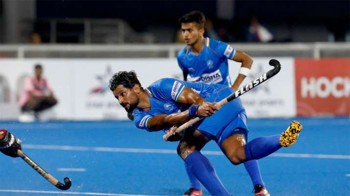 Fighting India lose 3-4 to title holders Australia in FIH Pro League