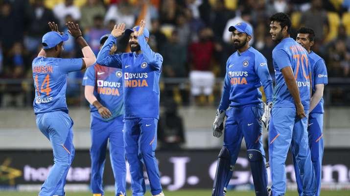 [Image: live-cricket-score-india-vs-1580622387.jpg]