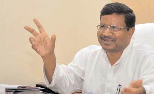 As Marandi goes back to BJP, his JVM-P MLAs join Congress