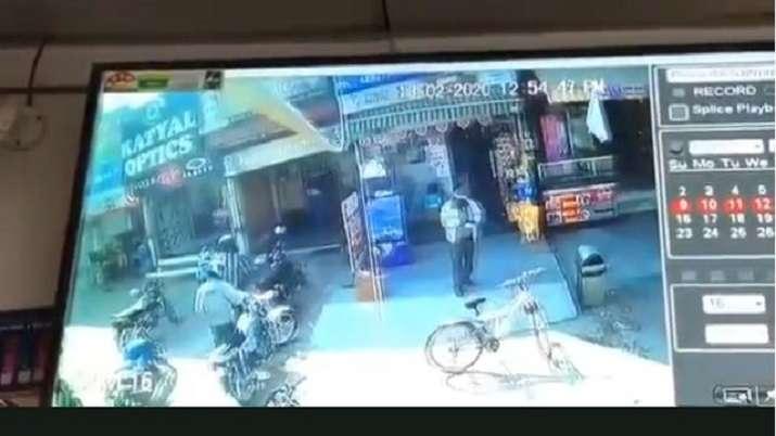 Jeweller shot dead in Noida sector 12 in daylight robbery