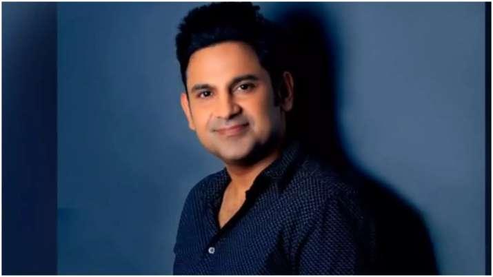 Lyricist Manoj Muntashir bids final goodbye to award shows, here's why