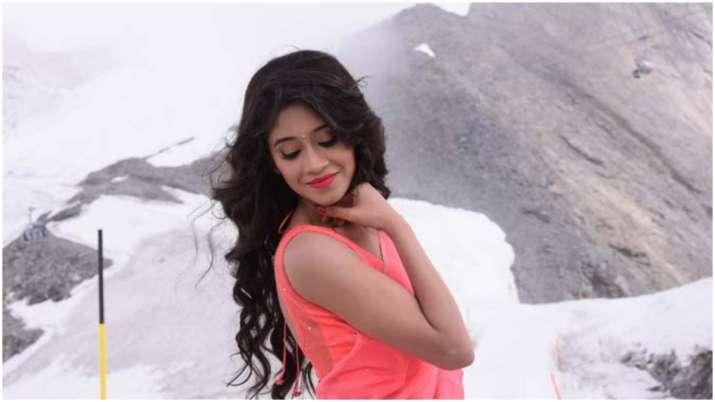 Yeh Rishta Kya Kehlata Hai actress Shivangi Joshi makes