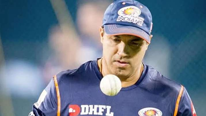 Former India cricketer Robin Singh appointed UAE's director of cricket
