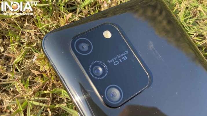 India Tv - Samsung Galaxy S10 Lite