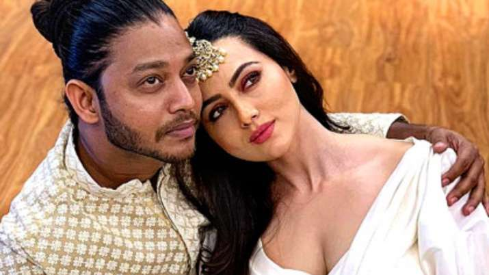 Melvin Louis hits back at ex-girlfriend Sana Khaan after her explosive revelations