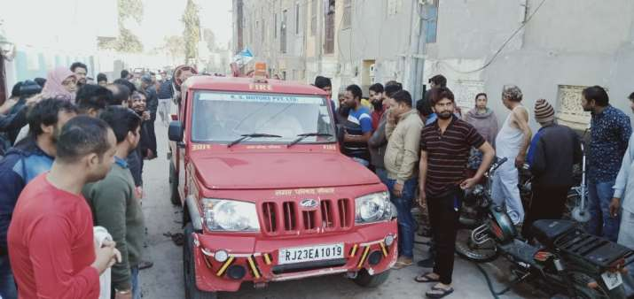 India Tv - Gas cylinder explosion in building in Sikar, Rajasthan