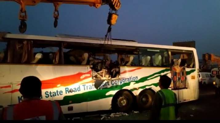India Tv - 19 dead in Tamil Nadu as Bengaluru-Ernakulam bus meets with accident