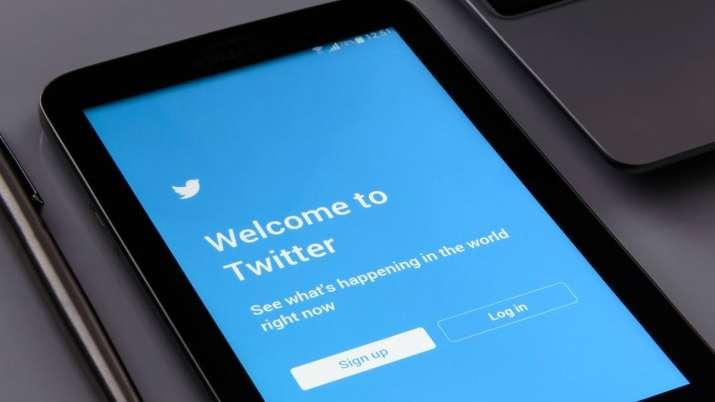 twitter, whatsapp, fake news, fake tweets, twitter label fake tweets